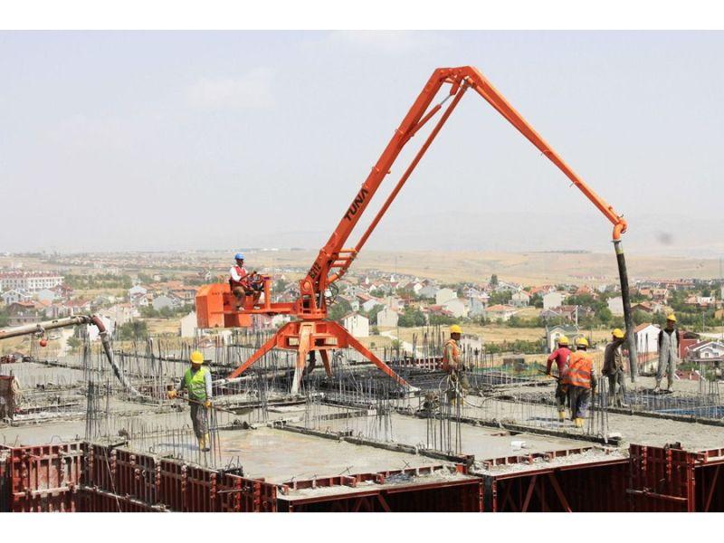 Building Equipment Concrete Placing Pouring Machine Boom